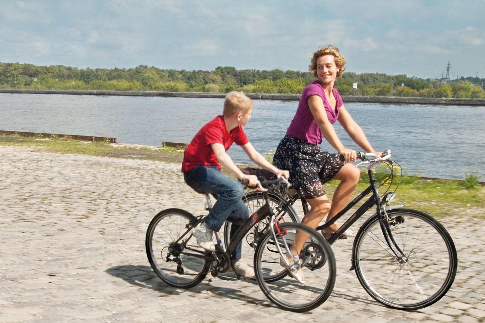 43bdd024a 56 SEMINCI. Sección Oficial   El niño de la bicicleta  ( Le Gamin au ...