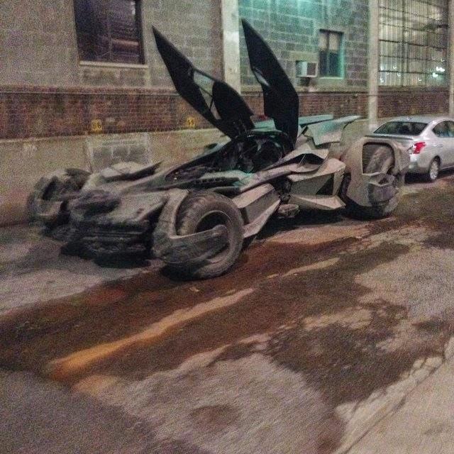 Nuevas fotos del Batmóvil de 'Batman v Superman: Dawn of Justice'