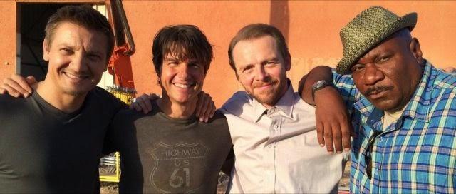 Nueva foto desde el set de 'Mission: Impossible 5' con Jeremy Renner, Tom Cruise, Simon Pegg y Ving Rhames