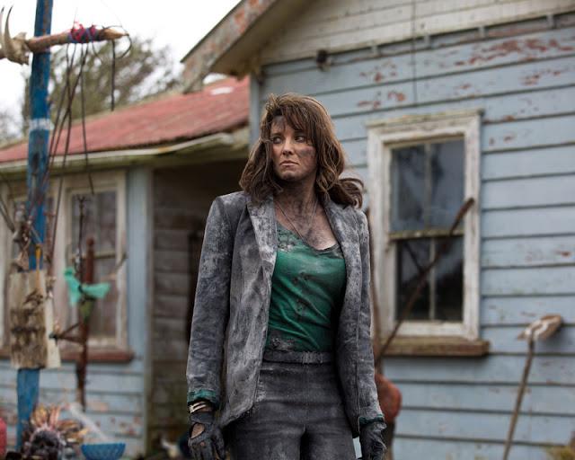 Nueva foto de Lucy Lawless como Ruby en 'Ash vs Evil Dead'