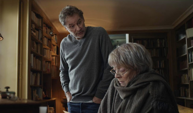 still-of-kevin-kline-and-maggie-smith-in-my-old-lady-2014
