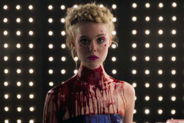 Amazon adquiere 'The Neon Demon' y revelan nueva imagen de Elle Fanning