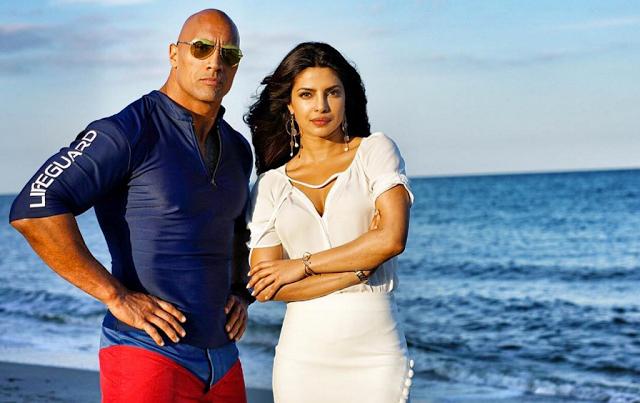 Nueva foto de 'Los vigilantes de la playa' con Dwayne Johnson y Kelly Rohrbach