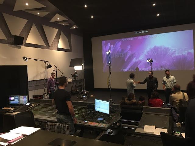 Sesión de doblaje de 'Ice Age: El gran cataclismo' con Germán Garmendia y otros youtubers internacionales