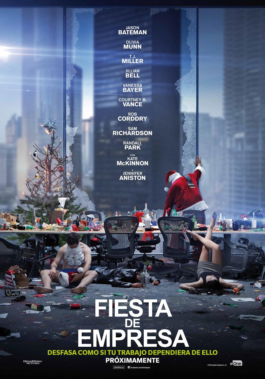 Póster español de 'Fiesta de empresa' con Jennifer Aniston y Jason Bateman