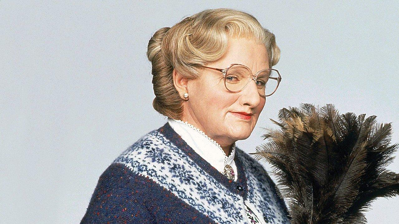 'Señora Doubtfire, papá de por vida': Kevin Hart quiere retomar el papel de Robin Williams