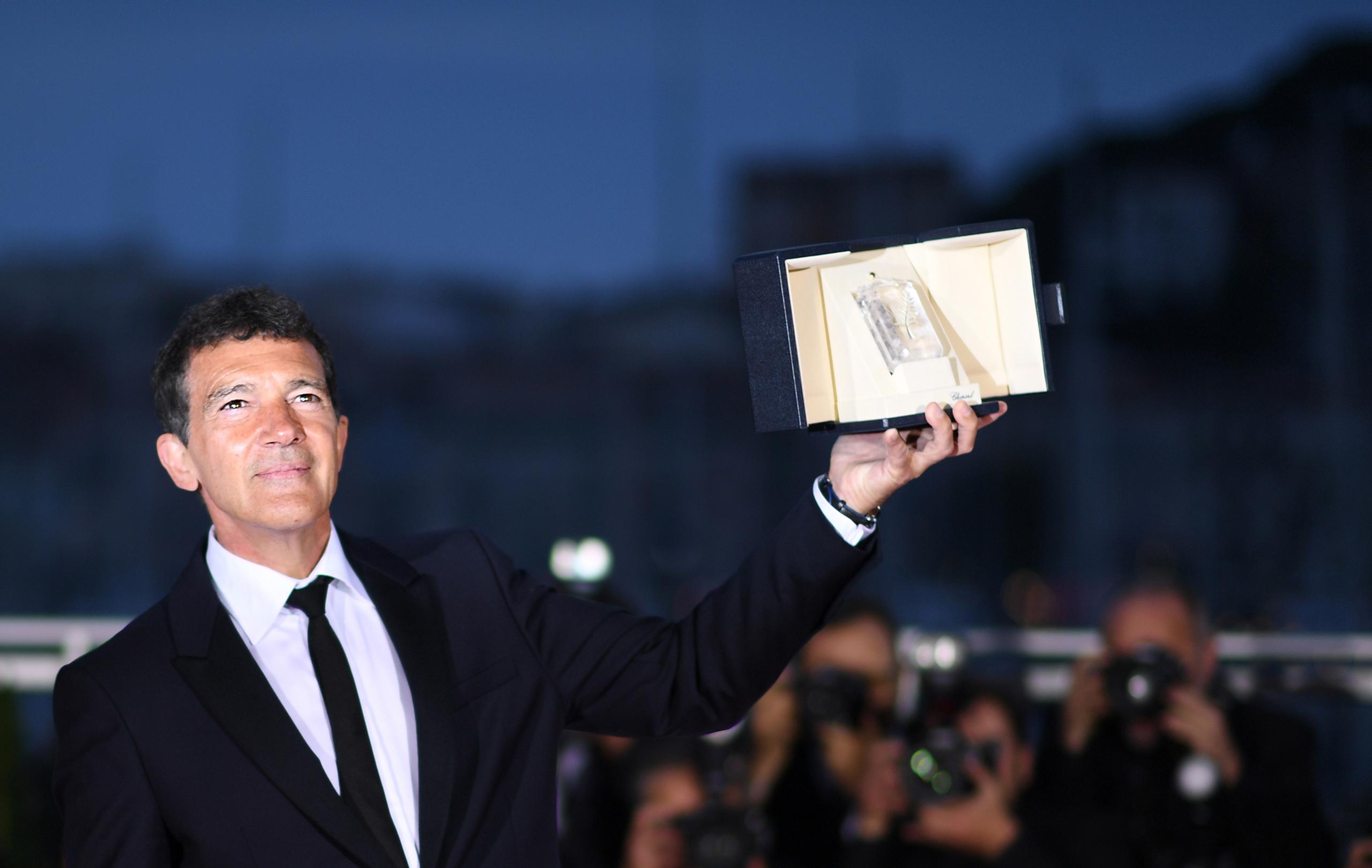 Antonio Banderas triunfa en el Festival de Cannes con 'Dolor y gloria'